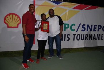 L-R: Chairman Tennis Section of Ikoyi Club, Mr. Abimbola Okubena; Company Secretary, Shell Nigeria Exploration and Production Company (SNEPCo), Mrs. Nike Olafimihan; and Deepwater Business Opportunity Manager of SNEPCo, Mr. Olaposi Fadahunsi, at the finals of the 2018 Ikoyi club tennis tournament sponsored by NNPC/SNEPCo... on Saturday