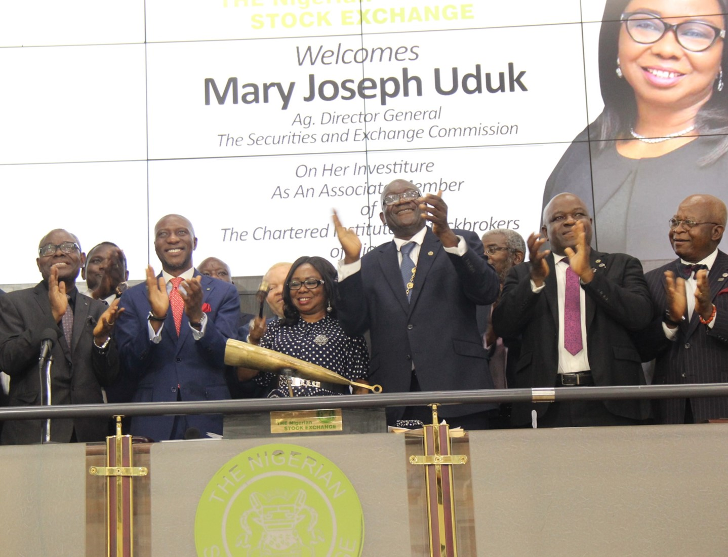 ·         L – R (B) shows Mr. Mike Itegboje, Former President, Chartered Institute of Stockbrokers (CIS); Mr. Oluseyi Abe, Immediate Past President, CIS; Mr. Oscar N. Onyema, OON, Chief Executive Officer, The Nigerian Stock Exchange (NSE); Ms. Mary Uduk, Acting Director General, Securities and Exchange Commission (SEC); Mr. Dapo Adekoje, President, CIS; Oladipo Williams, Past President, CIS and Oladipo Aina, Past President, CIS during the Closing Gong Ceremony in commemoration of the induction ceremony of Ms. Mary Uduk, Acting Director General, SEC at the Exchange today in Lagos.