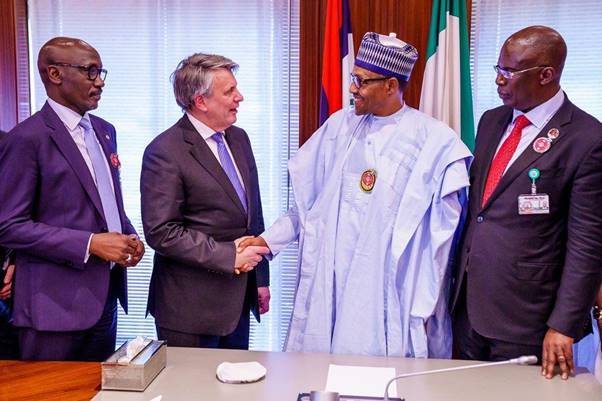 L-R: Group Managing Director, Nigeria National Petroleum Corporation, Mele Kolo Kyari; Chief Executive Officer, Royal Dutch Shell, Ben van Beurden; President Mohammadu Buhari; and Minister of State for Petroleum Resources, Timipreye Silva, during a visit of the Shell Group CEO to the President in Abuja