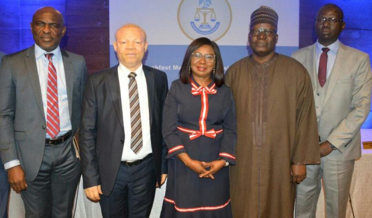 Photos: SEC Breakfast Meeting With Business Editors