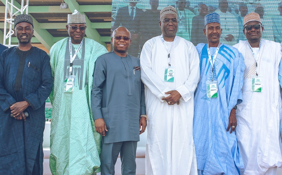 L-R: Alh. Faruk Rabiu Mudi, Panalist; Alh. Abdullahi Sidi-Aliyu, Director Export Development & Incentives, NEPC; Jude Monye, Executive Director, Heritage Bank; Alh. Kabiru Mohammed, MD, Bank of Agriculture; Prof. Abdu Yaro Kust, representative of the VC, Kano State University of Science & Technology and Alh. Isyaku Mohammed, Business Executive, Commercial Banking, North, Representative of MD, Sterling Bank, panelists at the 2nd GCMX Farmers' Cooperative Forum in Kano, where Heritage Bank signed an MoU as the Lead Settlement Bank and Transaction Adviser to the Gezawa Commodity Market and Exchange Ltd,  at the weekend.