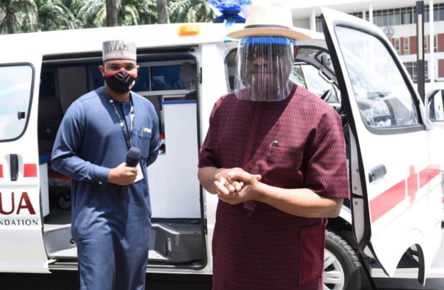 L-R: Khalifa Rabiu, Executive Director, BUA Foundation and Nyesome Wike, Governor of Rivers state at the presentation of 3 ambulances to the Rivers Government to help fight the Coronavirus Pandemic in the state.