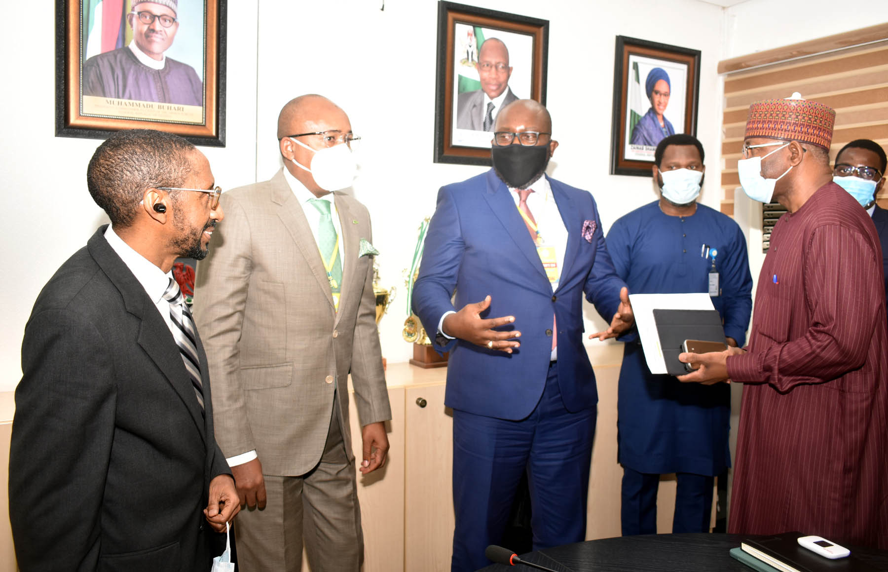 L-R, Executive Commissioner Corporate >> Services Securities and Exchange Commission Mr Ibrahim Boyi, Managing >> Director Central Securities Clearing System Plc Mr Haruna Jalo-Waziri >> Divisional Head Business Development CSCS Mr Adeyinka Shonekan, >> Executive Commissioner Operations, SEC Mr Dayo Obisan and  Director >> General SEC Mr Lamido Yuguda during a meeting between the SEC and CSCS >> in Abuja yesterday
