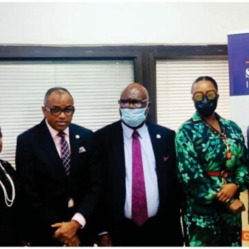 Olaotan Soyinka, MD/ CEO Sir Muftau Oyegunle, Chairman/President CIIN Ugochi Odemelam, ED Marketing Segun Bankole, DGM, Sales & Corp. Communications Mrs. Abimbola Tiamiyu, Director General CIIN